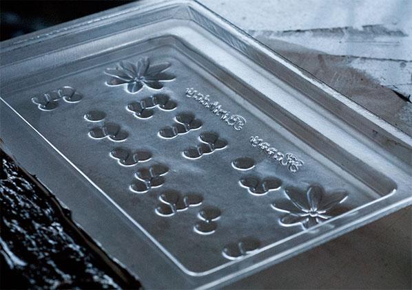 115_braille-mold